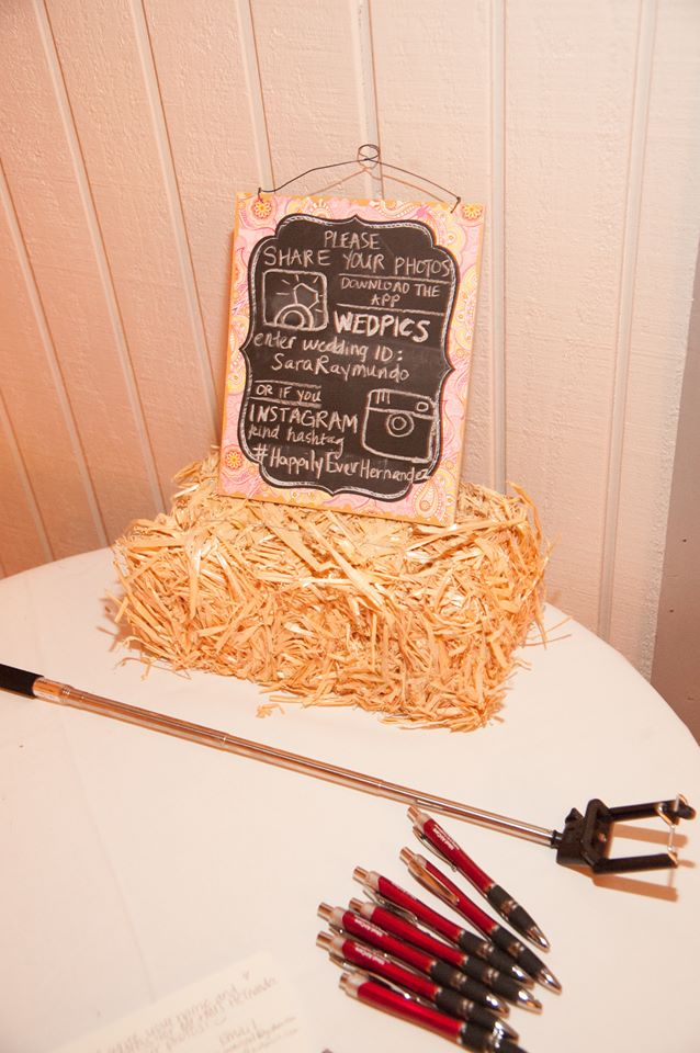 DIY Wedding Photo Booth sign to share photos on instagram and selfie stick