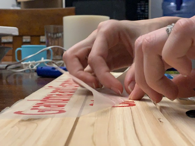 DIY Gift Cricut Completing Wooden Photo Pallet